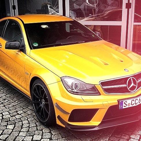 Mercedes-Benz C 63 AMG Black Series (Instagram @schiznick)