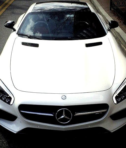 Mercedes-Benz AMG GTs (Instagram @mercedesamg)