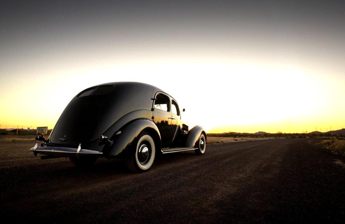 1937 Lincoln Model K Two-Window Sedan